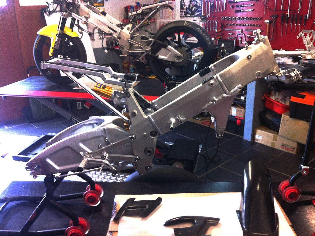 tfc-racing-moteur-atelier